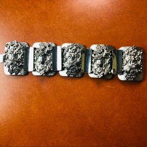 Vintage Floral carved aluminium clip bracelet